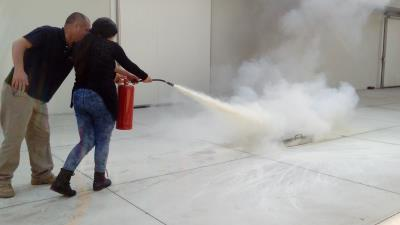 Charla de uso y manejo de extintores